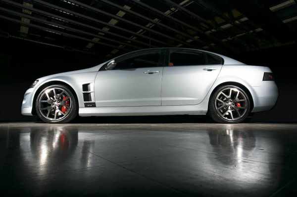 HSV E Series Clubsport/R8/Grange/GTS/Maloo Ute/Senator/W427 Workshop Manual