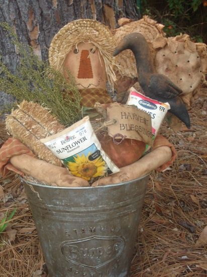 #269 scarecrow bucket e pattern