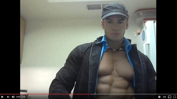 Sergio Carpathos Chill Flexing & Posing