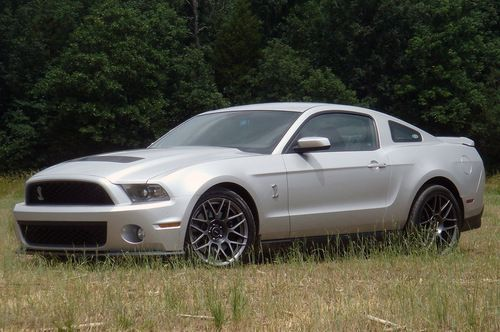 Ford Mustang and Taurus WIS 2012