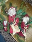 #425 Christmas Santas e pattern