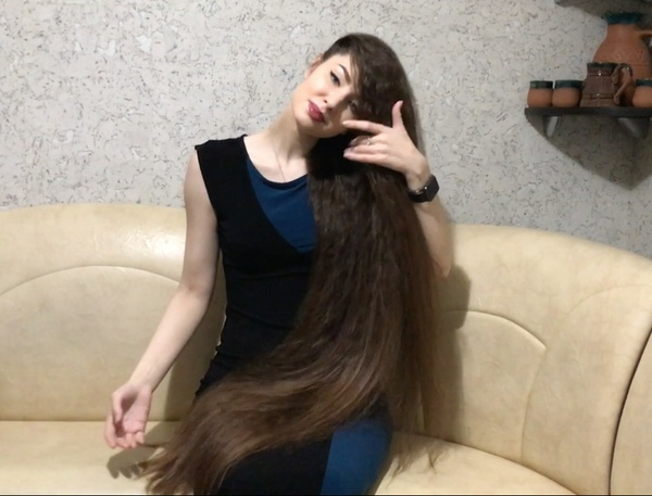 VIDEO - Supersilky crimped thigh length hair