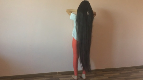 Ankle Length Hair Beauty - Aiman Ersoventova