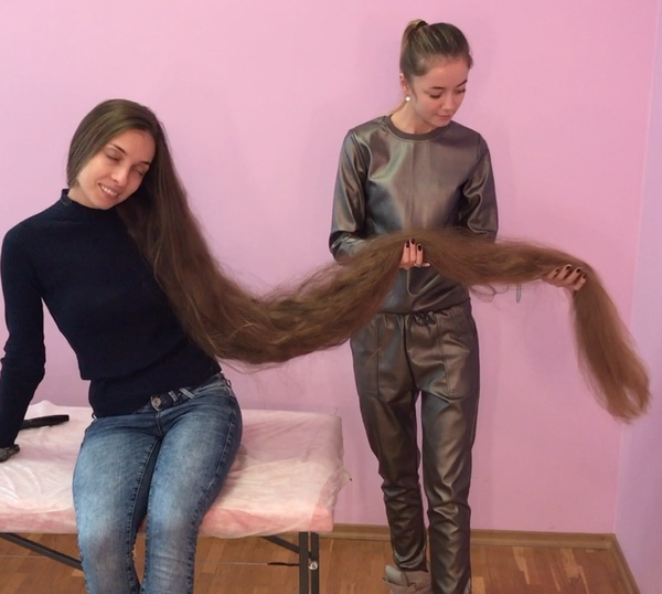 VIDEO - Rapunzel´s friend