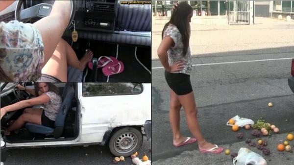 102 : Miss Iris crushing and smashing fruits under the wheels of the old Fiat Panda