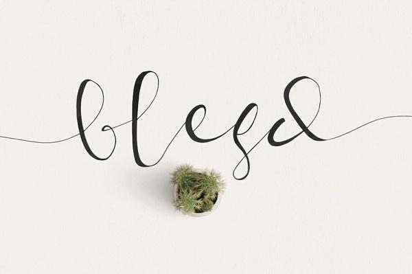 Blesd Font Typeface