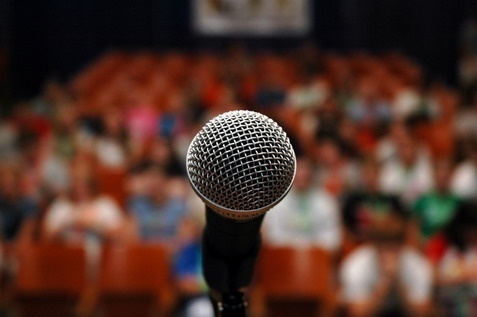 PUBLIC SPEAKING - (How To Give Presentations That Gain Standing Ovations)