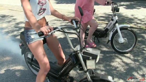 206 : Miss Vicky and Miss Black Mamba playing with mopeds