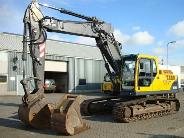 VOLVO EC210 EXCAVATOR SERVICE REPAIR MANUAL - DOWNLOAD