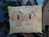 #381 The Raggedies e pattern