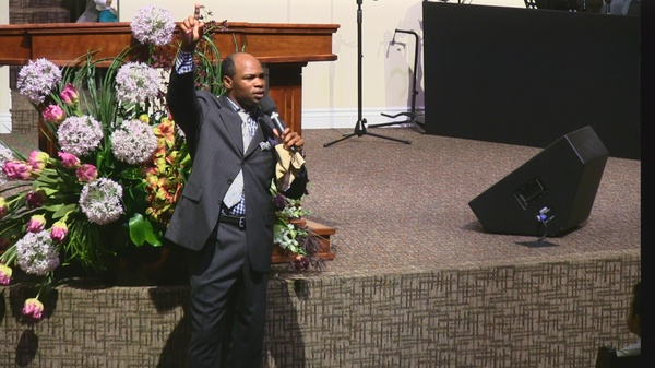 "Rev. Arick Lassiter "" Hold on Don't Quit; It's Only a Season; God's on Your Side""  11-08-15pm MP4"