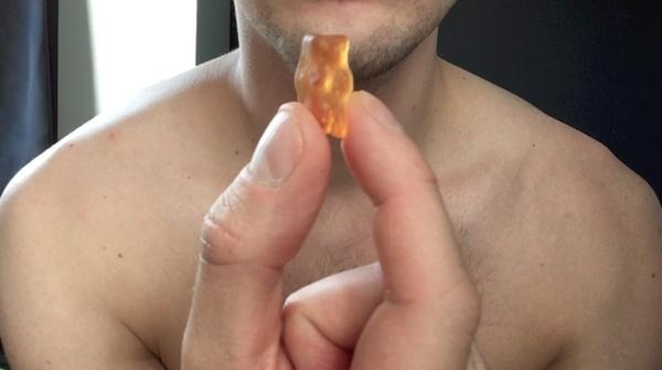 Alex giant crusher - Eating gummy bears