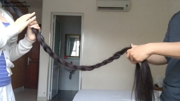 VIDEO - Beyond floor length ultimate hair play